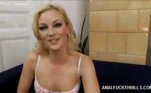 Blonde Babe Jessica Slurps Wang